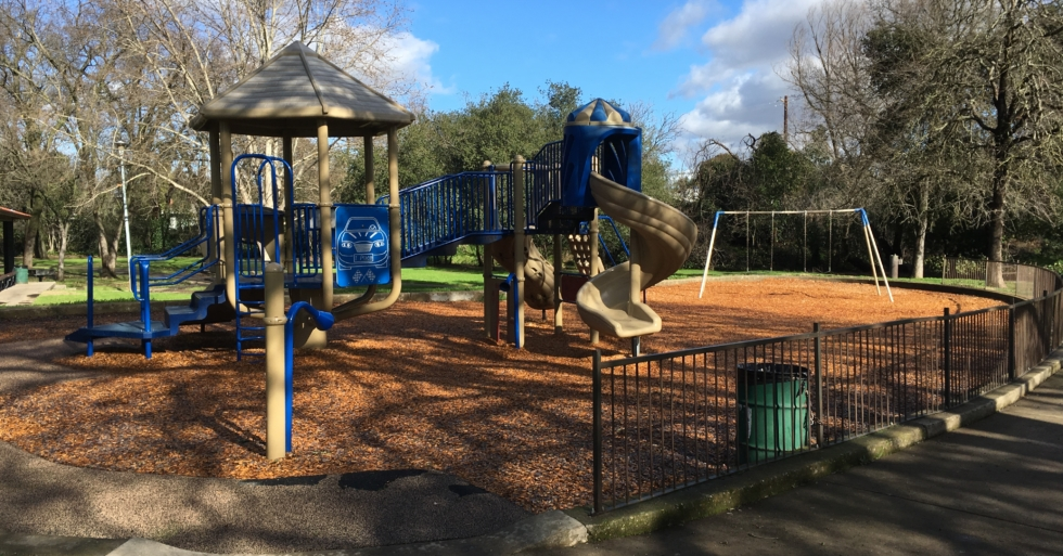 MDG-parks-community-foothill-playground